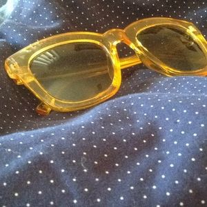 NWOT Free People sunglasses